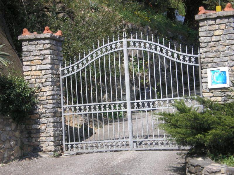automazione esterna cancello a battente Fadini Sestri levante